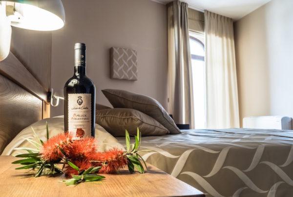 Camera Superior con vasca idromassaggio Wine Hotel Leone De Castris