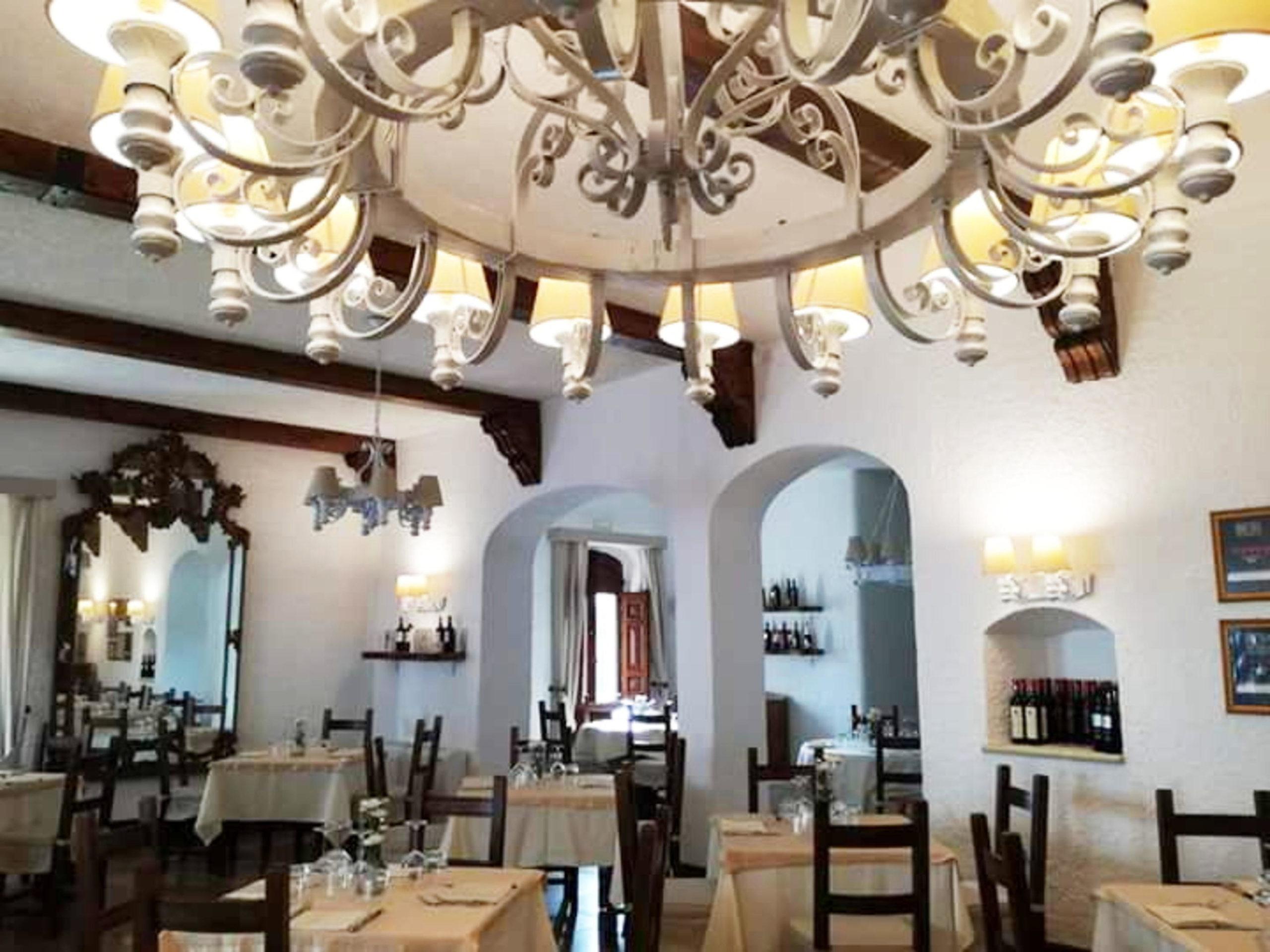 Sala interna ristorante Leone De Castris Wine Hotel